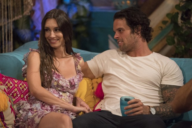 Live Twitter Reactions From Last Night's Episode of Bachelor In Paradise